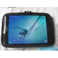 Na-Fo Tablet-kotelo kiinteällä hihnalla