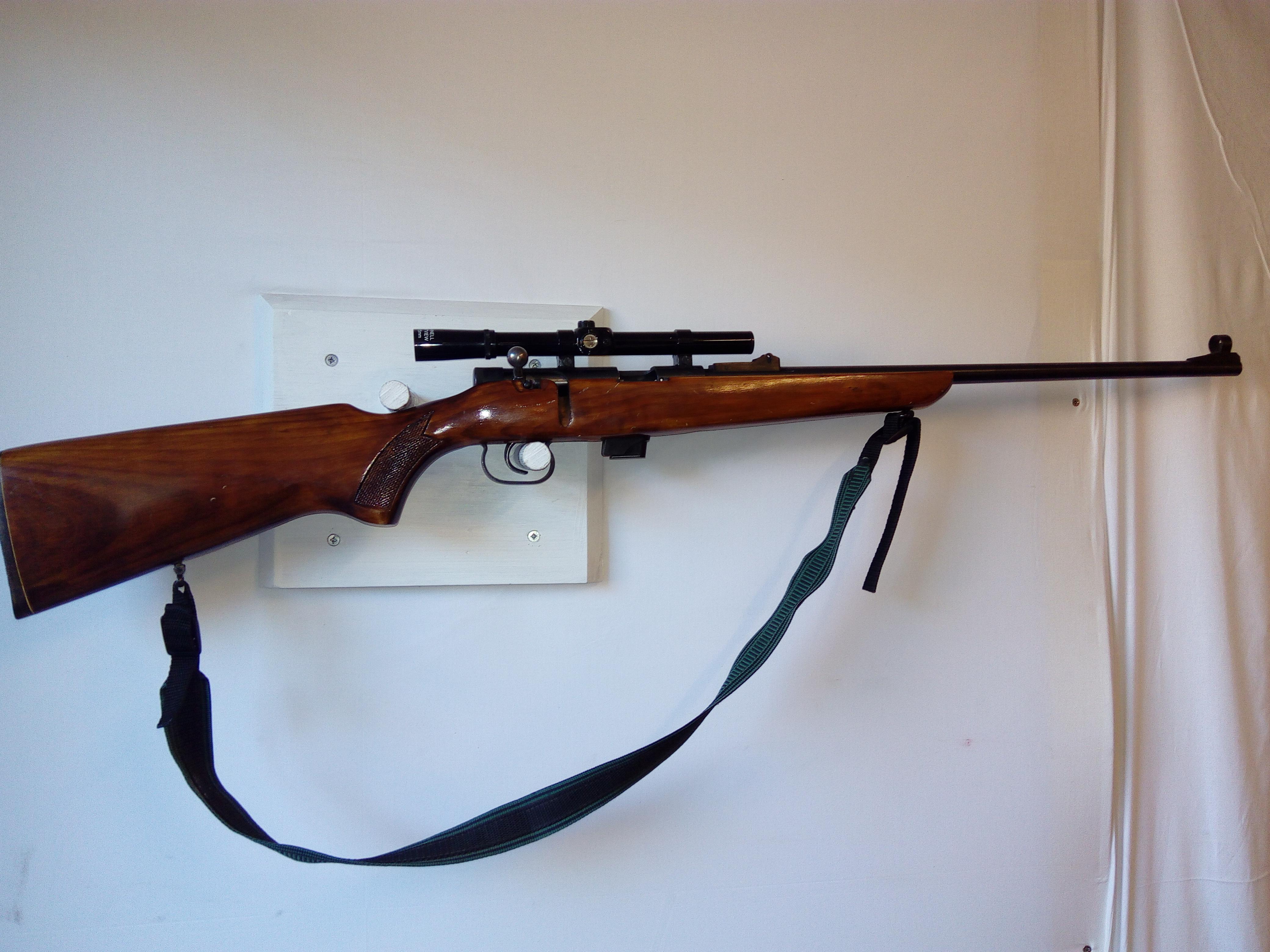 Baikal .22LR  Pienoiskivääri käytetty   MT